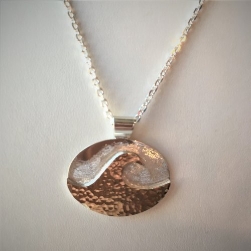 Wave Pendant - Oval